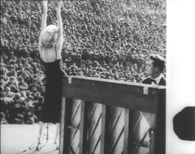 Fotogramma di Marilyn da La rabbia (1962)