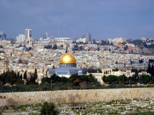 Gerusalemme, città-chiave per i tre monoteismi